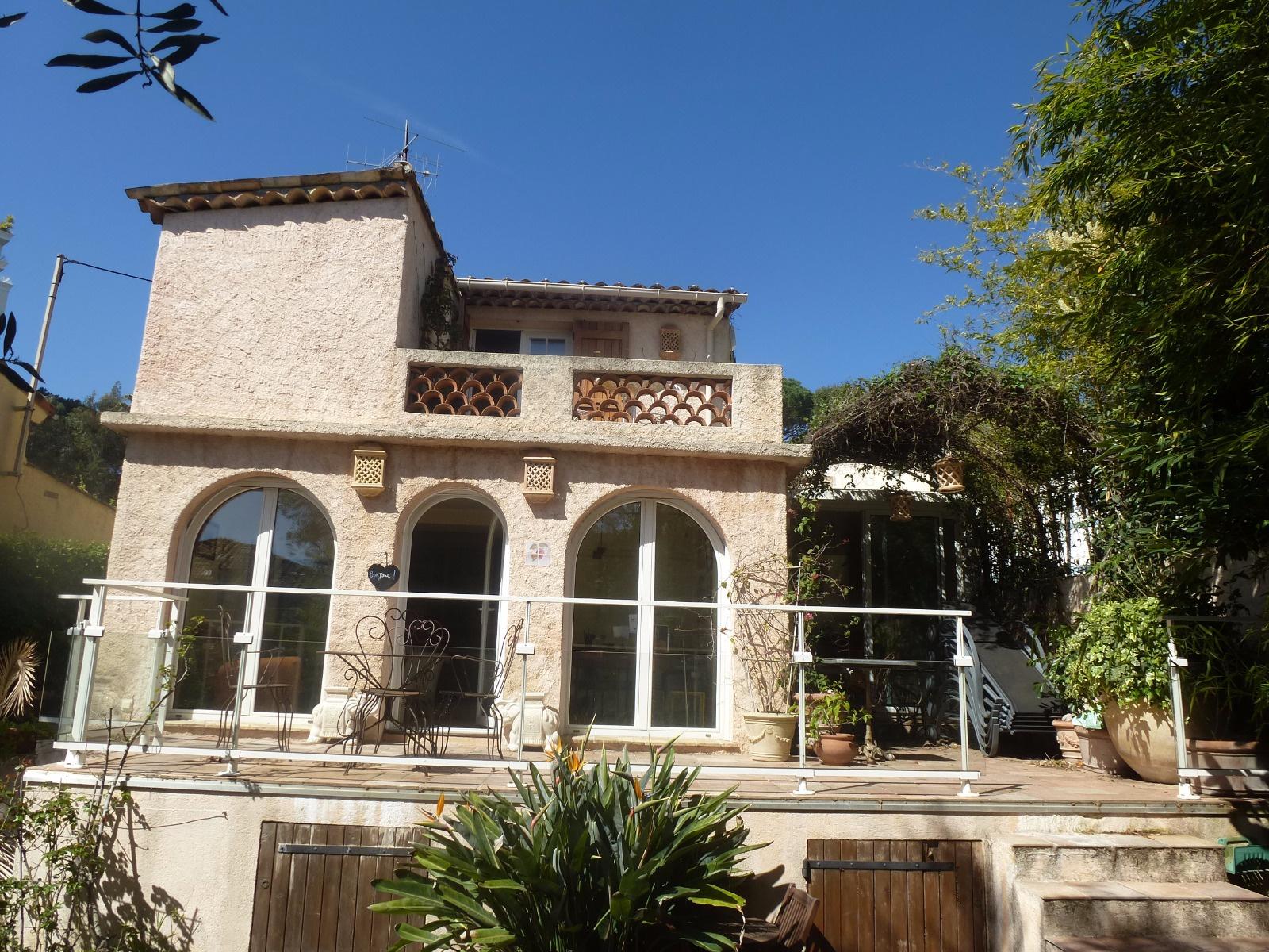 Location de vacances Villa Cannes (06400)